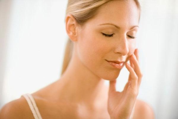 Phải làm gì để trị sạch tàn nhang?