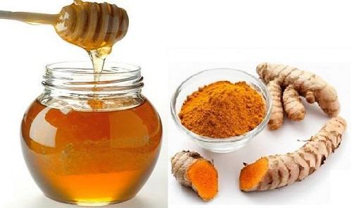 cách trị tàn nhang bằng bột nghệ và mật ong