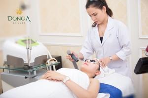 Điều trị tàn nhang bằng Yellow laser – Advanced có để lại sẹo không?