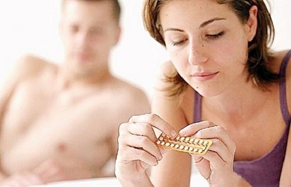 Uống thuốc tránh thai có thể gây ra tàn nhang