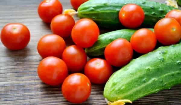 Mách bạn 5 cách trị tàn nhang bằng cà chua hiệu quả tại nhà 6
